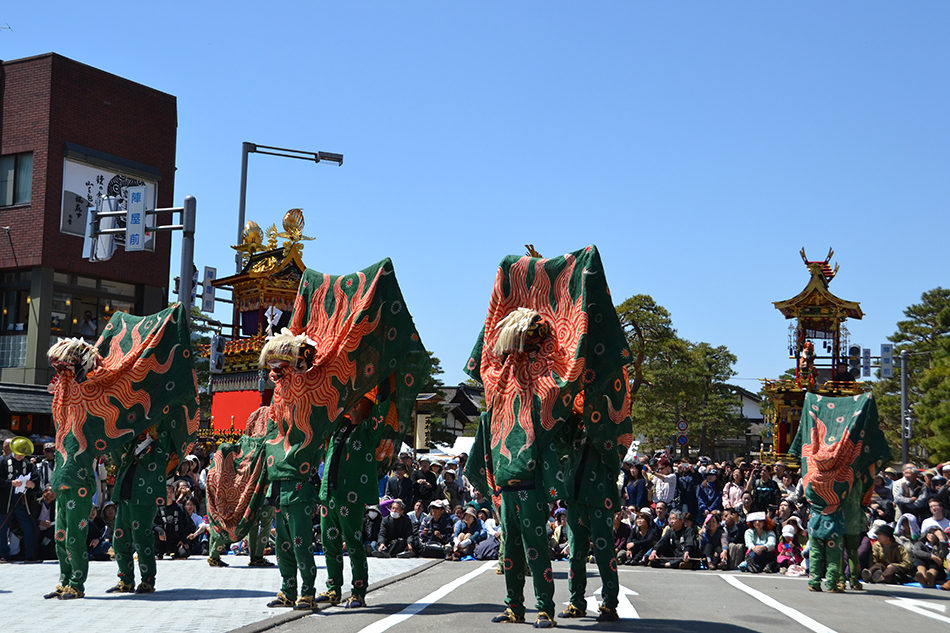 Special viewing of the Takayama Spring Festival